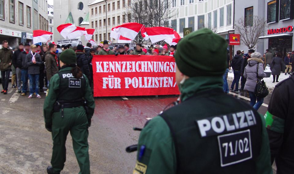 Kennzeichnungspflicht für Polizisten Demo