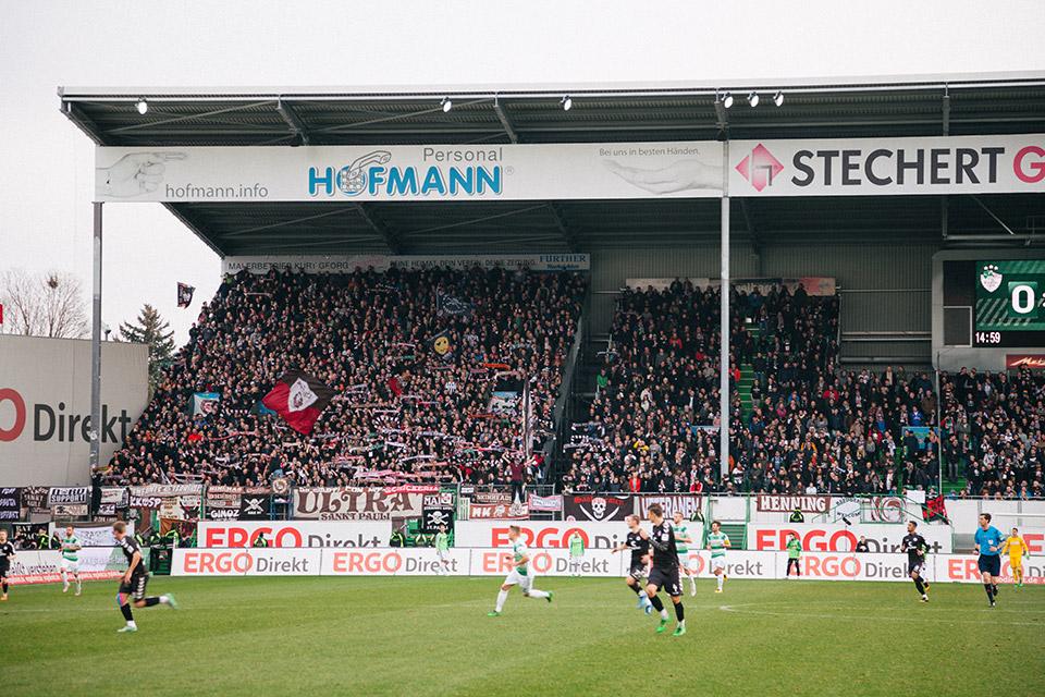 Fürth – St.Pauli Gästeblock