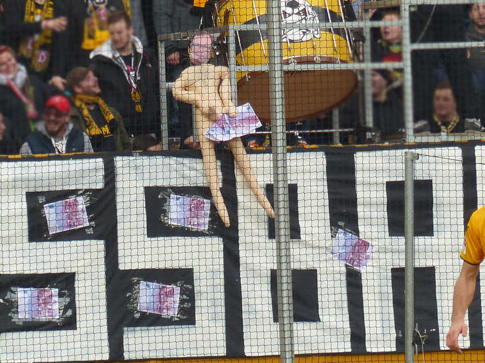13 dynamo dresden spvgg f rth sonntag heimfans spvgg fotopage. Black Bedroom Furniture Sets. Home Design Ideas